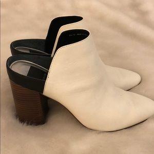 Dolce Vita White Block Heel Mules sz 7.5